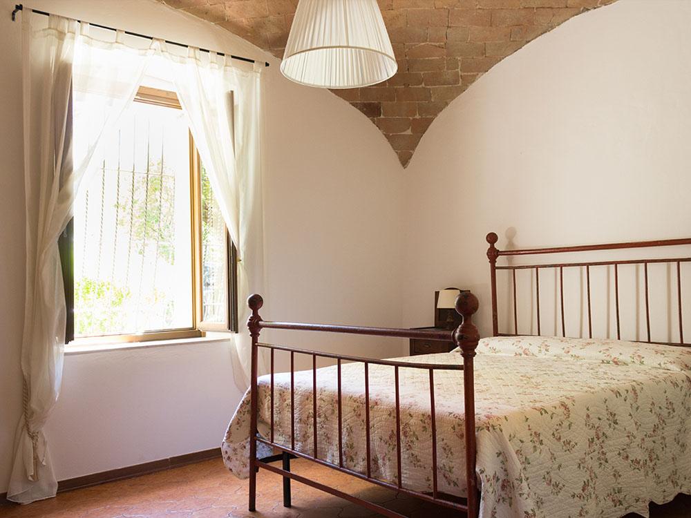 agriturismo casoledelsa siena toscana appartamento rustico camera chiara